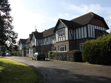Manor House Bed And Breakfast Gatwick